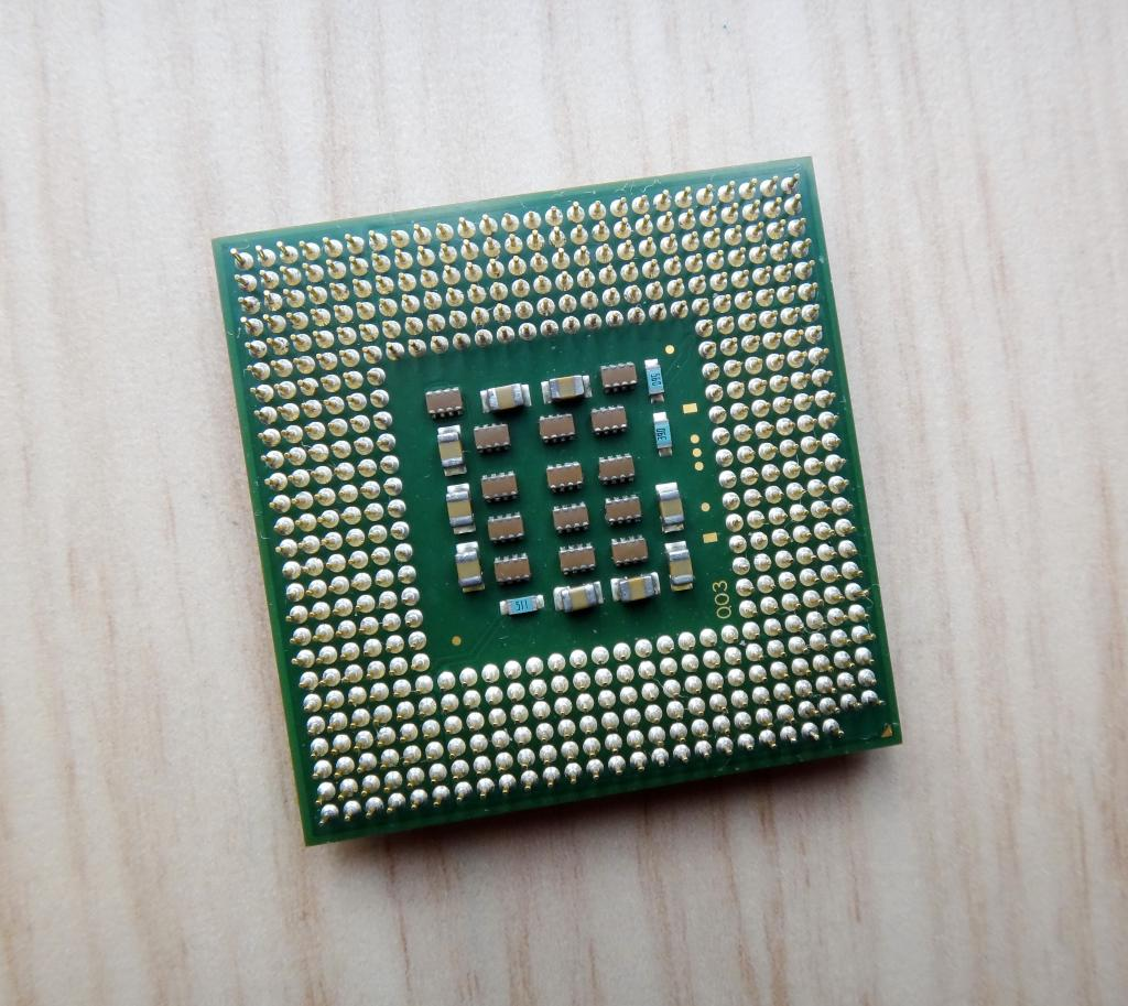 Процессор Intel Celeron D 310 (SL8RZ) 2,13 GHz / 256 / 533. Socket 478